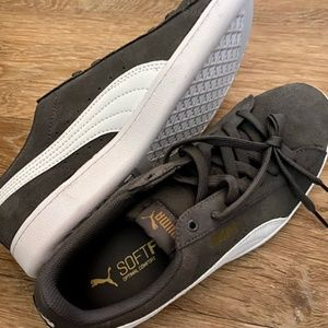 Puma SoftFoam Sneakers
